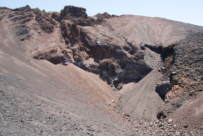 Cratère supérieur des Narices del Teide. (Photo : André Laurenti)