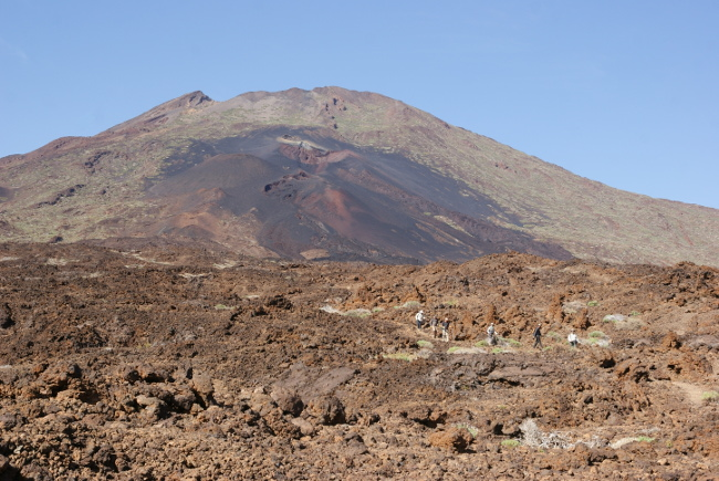 Le Pico Viejo et sur son flanc les Narices del Teide (Photo : André Laurenti)