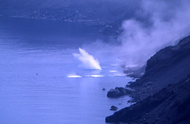 Les coulées de lave provoquent des éboulements de blocs. (Photo : André Laurenti)