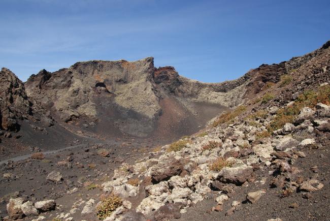 L'intérieur du cratère. (Photo : André Laurenti)