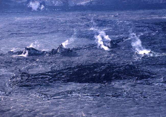 La cratère Halema'uma'u, la maison du feu éternel. (Photo : André Laurenti)