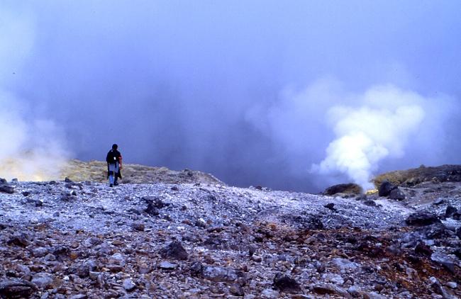 L'intérieur de ce volcan est plutôt inquiétant. (Photo : André Laurenti)