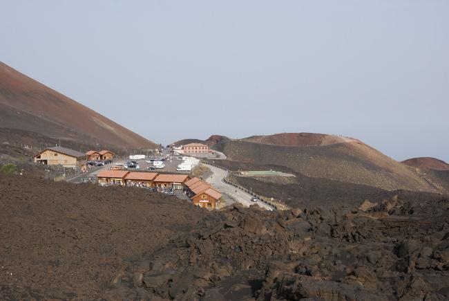La station de Sapienza sur le versant sud de l'Etna à 2000 m d'altitude. (Photo : André Laurenti)