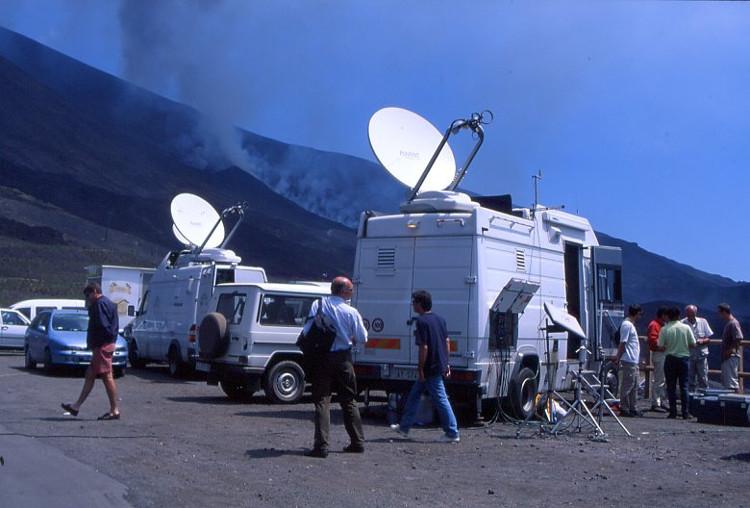 De nombreuses chaînes de télévision relatent l'événement. (Photo : André Laurenti)